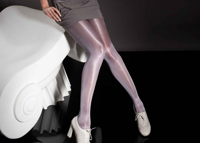 Fiore Raula pantyhose in Plum shade