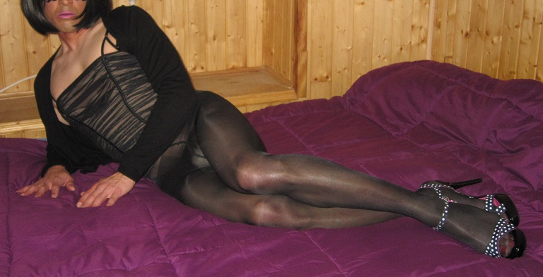 Omero Luxor 40 pantyhose in Nero shade