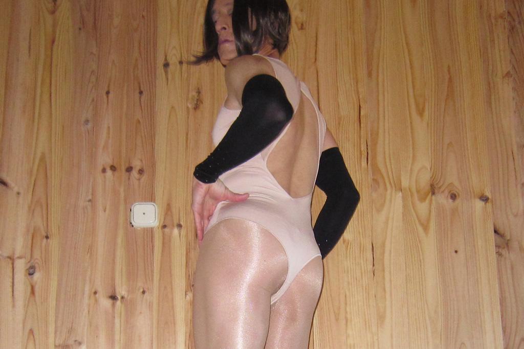 Oroblu Perfect Line Bodysuit - rear view