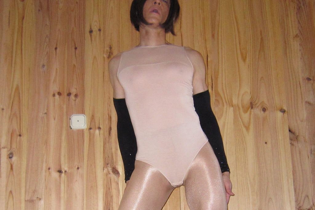 Oroblu Perfect Line Bodysuit - front view
